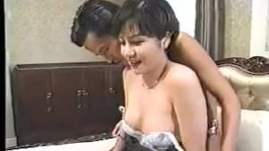 بنت كورية مع رجل ياباني وأحلي سكس آسيوي
