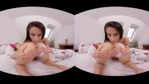 ليكسي وسبيل بنات سحاقيه في فيديو واقع افتراضي للحس الكس والطيز